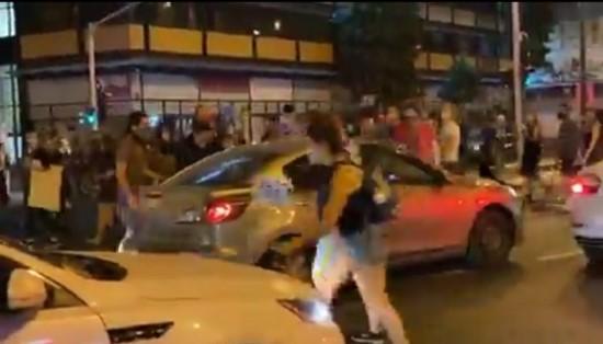 אלפים מחו נגד שלטון הימין ברחבי הארץ; דריסת מפגינות ברחובות תל אביב