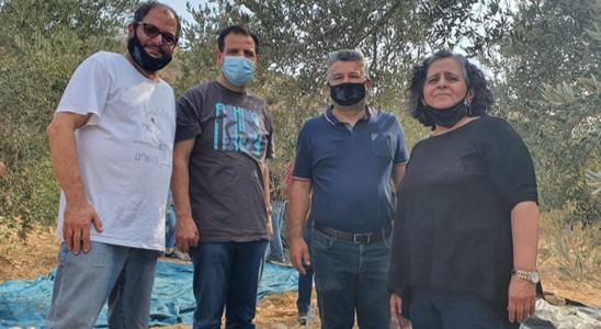 """80 פעילי חד""""ש יחד עם חברי הכנסת הצטרפו למסיק בכפר בורין בשטחים הכבושים"""