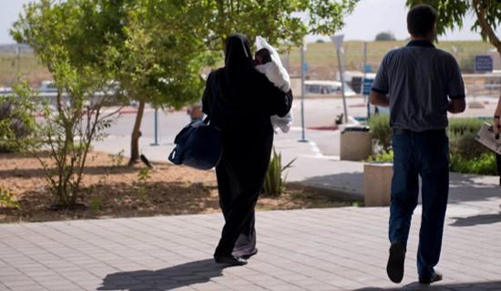 דיון סוער בכנסת על כניסת ילדים פלסטינים חולים לישראל – ללא ליווי הוריהם