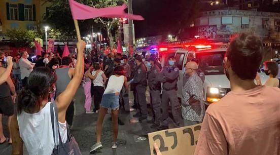 יותר מ-100 אלף מפגינים במאות מחאות ברחבי הארץ נגד נתניהו המואשם בפלילים