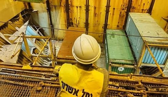 עובדי הנמל הפגינו מול ההסתדרות באשדוד בגלל תמיכתה בהפרטה