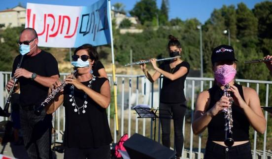 """150 נגנים בקונצרט מחאה בת""""א נגד מדיניות הממשלה המשביתה את עולם התרבות"""