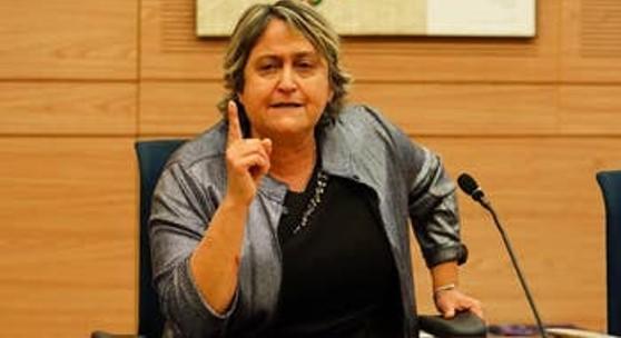 המורים הכריזו סכסוך עבודה ושר החינוך מיהר להודיע שבקרוב יחוסנו נגד הקורונה
