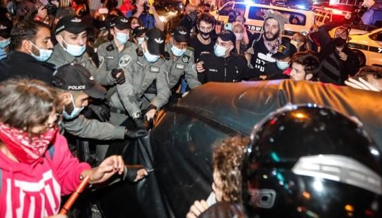 האגודה לזכויות האזרח: המשטרה פועלת לדיכוי הפגנות ומחאות תוך פגיעה בחופש הביטוי