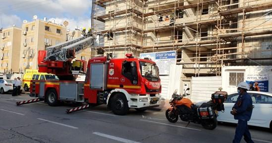 פועל בניין בן 46 נהרג לאחר שהתחשמל באתר בניה ברחוב עוזיהו באשדוד