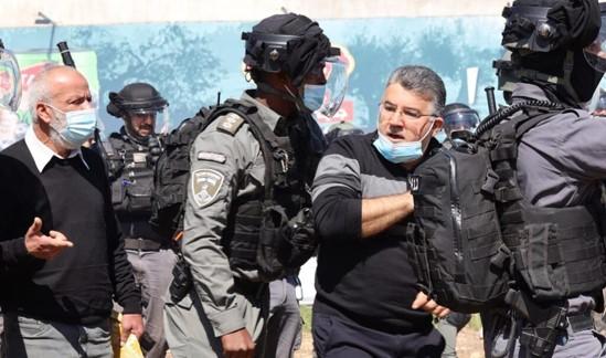 קליעי גומי באום אל-פחם: במקום להילחם בפשע – השוטרים יורים במפגינים ובנבחרי ציבור