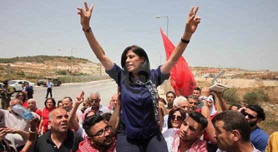 רדיפה פוליטית של הכיבוש: שנתיים מאסר לחברת הפרלמנט הפלסטיני ח'אלדה ג'ראר