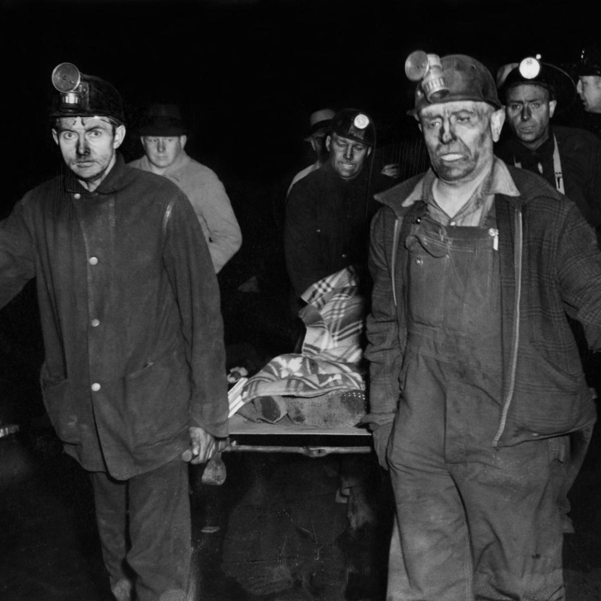 """ב-25 במרץ 1947 פיצוץ במכרה פחם במדינת אלינוי,ארה""""ב, מחסל 111 כורי פחם"""