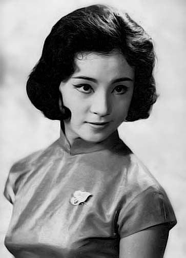 היום לפני 107 שנים נולדה ג'יאנג צ'ינג, ממובילות המהפכה התרבותית בסין ואשתו הרביעית של מאו זה דונג