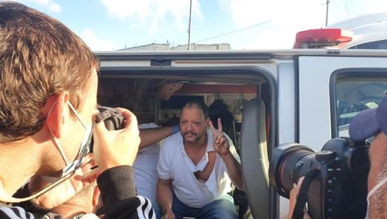 """תקיפת ח""""כ כסיף בידי שוטרים בהפגנה בשייח' ג'ראח: המשותפת דורשת להקים ועדת חקירה"""