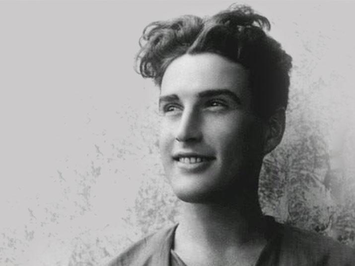 """משורר, כותב ואיש הבוהמה התל אביבית: אלכסנדר פן מת בת""""א ב-19 באפריל 1972"""