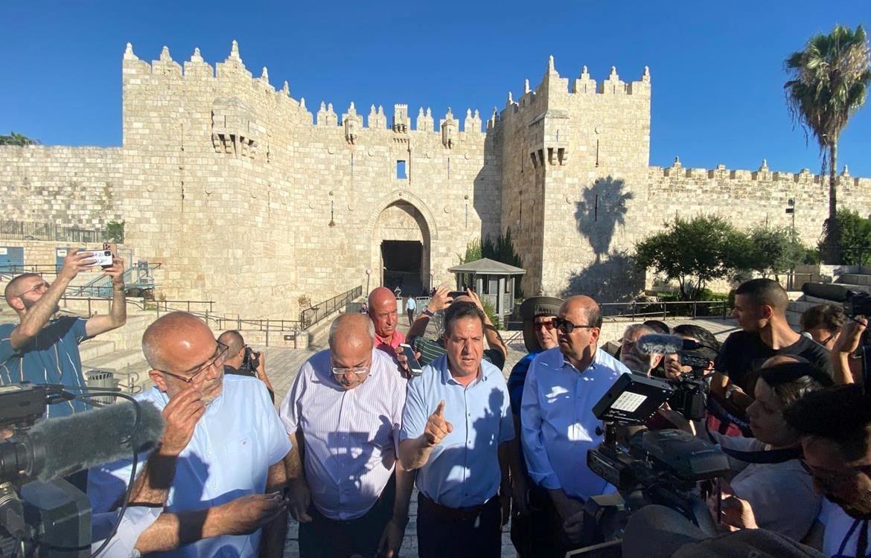 17 פלסטינים נעצרו ו-33 נפצעו בעת מצעד הדגלים הגזעני בעיר העתיקה בי-ם