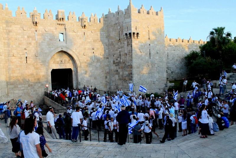 ניסיון להעביר את השטח: המשותפת דורשת לאסור את צעדת הדגלים בירושלים