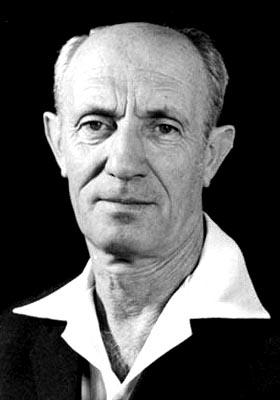 """אברהם לבנבראון יליד ה-24 ביוני 1916 ; לימים חבר כנסת ונציג בהנהגת ההסתדרות מטעם רק""""ח וחד""""ש"""