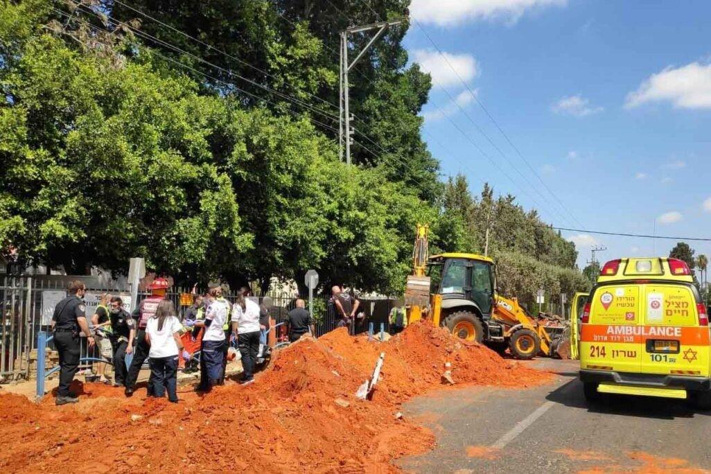 עובד בן 42 נקבר הבוקר למוות באתר עבודות תשתית ועפר בפרדס חנה-כרכור