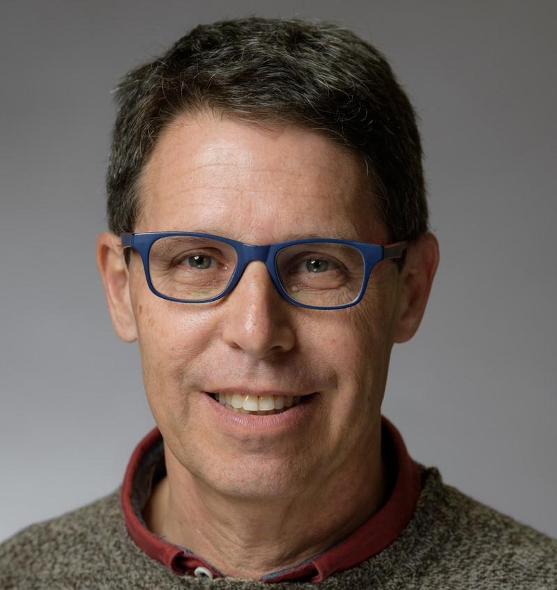 הגישה הסוציאליסטית להתמודדות עם מגיפה: ראיון עם פרופסור דני פילק