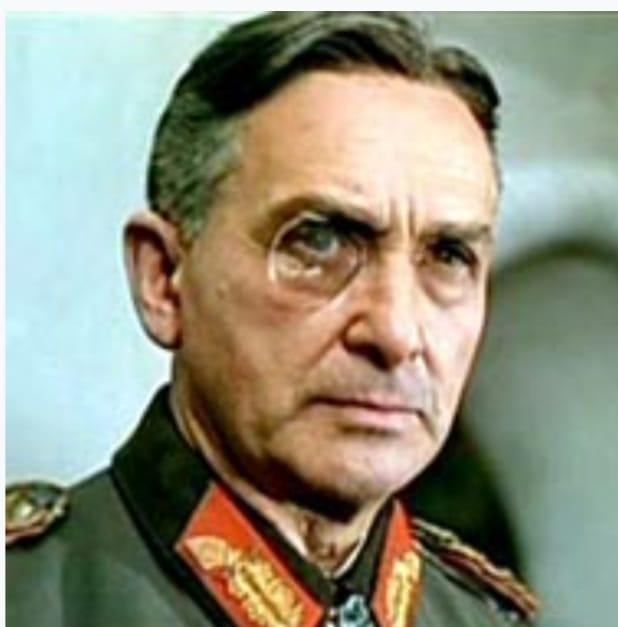 שחקן הקולנוע האוסטרי, פרטיזן וניצול שואה פטר שטרום (יוזף מיכל דישל) נולד ב-24 באוגוסט 1909