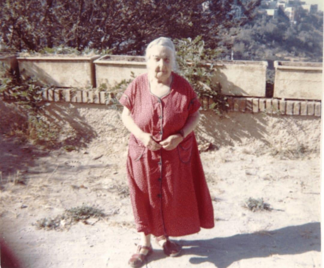 אנג'ליקה באלאבנוף נולדה ב-4 באוגוסט 1878 ; מהפכנית אינטרנציונאליסטית ומזכירת האינטרנאציונל השלישי