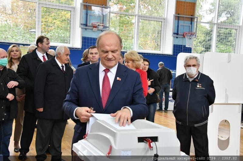 זעם במוסקבה: הזיופים בבחירות לפרלמנט הרוסי מוציאים את האזרחים לרחובות