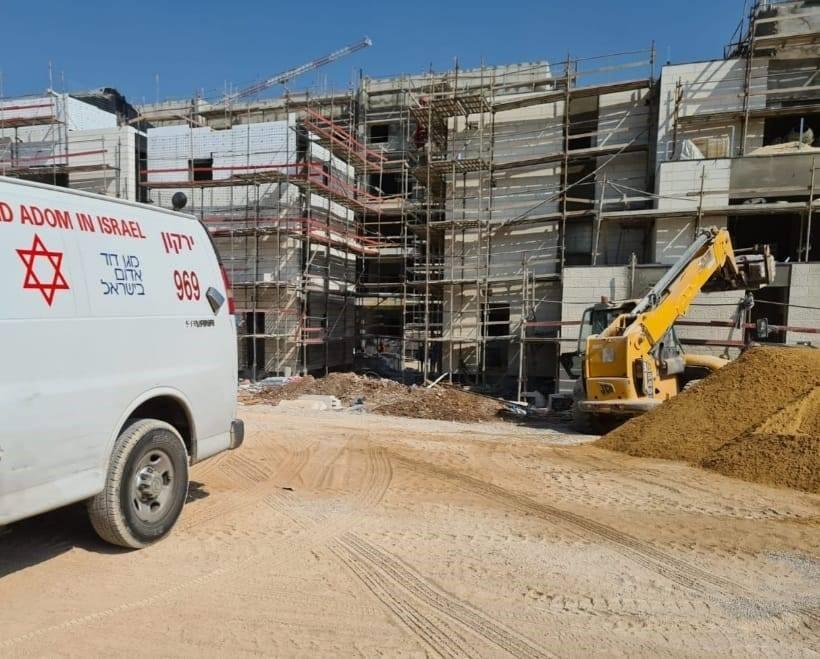 ימים נוראים באתרי הבנייה: גם במהלך החגים נופלים פועלי בניין מגובה