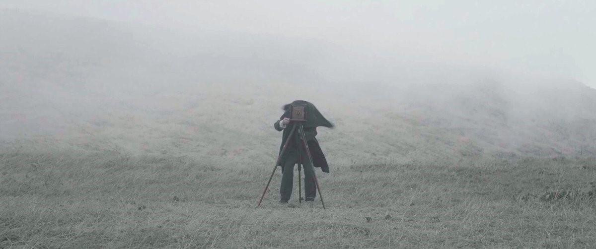 """מפגשים עם הבמאי מוגרבי על סרטו """"54 השנים הראשונות""""; הקרנת 'לבן על לבן' בגדה השמאלית"""