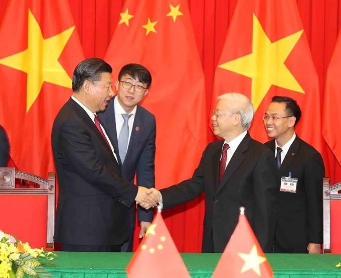 """מבט מוושינגטון: מדוע ארה""""ב איננה מצליחה לסכסך בין סין לווייטנאם"""