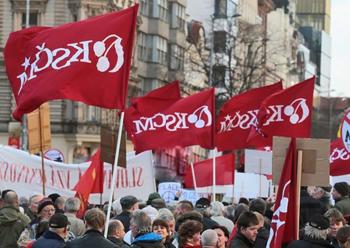 האופורטוניזם חיסל את המפלגה: כיצד נפלו הקומוניסטים בצ'כיה אל מתחת לאחוז החסימה